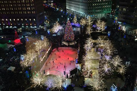 cus martius tree lighting 2017 thousands expected for today 39 s tree lighting new downtown