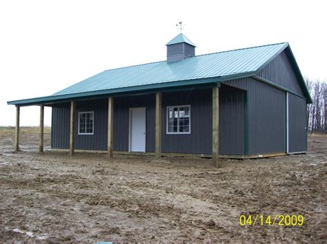 amish country barns horse barn construction contractors