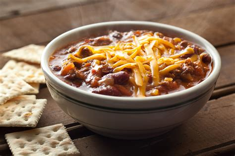 chili cuisine 30669 spicy cooker beef chili 3000x2000 jpg