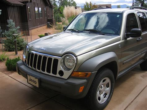 The 2006 jeep liberty has the most overall complaints, & we also rate 2006 as the worst model year ranked on several factors such as repair cost & average mileage when problems occur. 2006 Jeep Liberty - Pictures - CarGurus