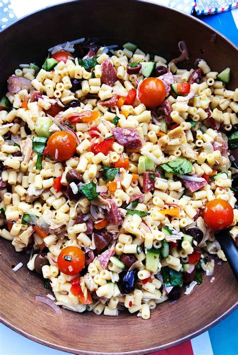 Give pasta salad the makeover it deserves. Easy Summer Italian Pasta Salad Recipe - Reluctant Entertainer