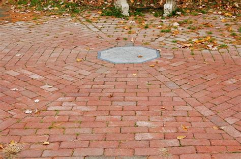 different ways to lay brick how to build a brick patio yourself easy way to lay it