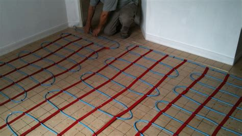 chauffage au sol carrelage faire le choix d un chauffage au sol brico fr