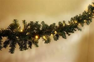 Girlande Weihnachten Beleuchtet : led tannengirlande girlande beleuchtet 40 80 120 300 led warmwei f au en top ebay ~ Frokenaadalensverden.com Haus und Dekorationen