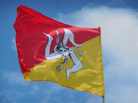 adresse bureau de poste drapeau sicile stw