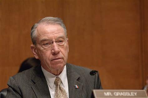 Eight Senators Join Chuck Grassley in Fighting Common Core