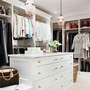 Einrichtung Begehbarer Kleiderschrank : ankleidezimmer einrichten 20 dekoideen und begehbare kleiderschr nke ~ Sanjose-hotels-ca.com Haus und Dekorationen