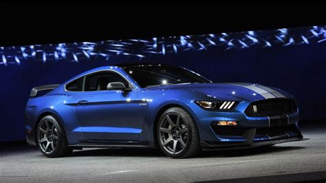 2018 Ford Shelby Gt350r Mustang 2 Wallpaper Hd Car