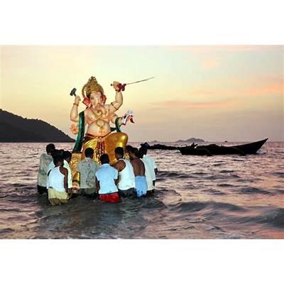 Ganpati Visarjan Rituals followed on Anant Chaturdashi