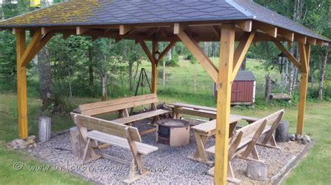 Pavillon Mit Feuerstelle by Grundstueck Haus Urlaub In Schweden