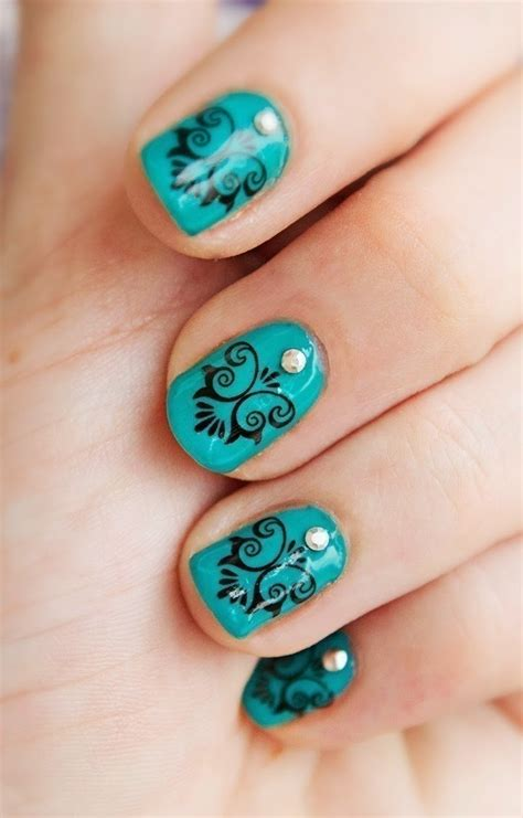 royal teal manicure   paint  nail painting