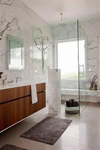 Salle De Bain Marbre Blanc : 12 somptueuses salles de bain avec une douche en marbre bricobistro ~ Nature-et-papiers.com Idées de Décoration