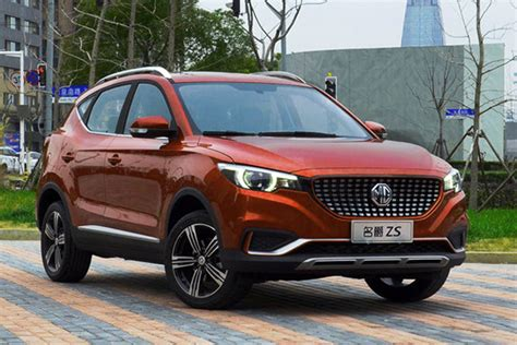 It is available in 6 colors, 4 variants, 1 engine, and 2 transmissions option: MG ZS China auto sales figures