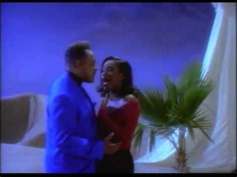 Peabo Bryson & Regina Belle A Whole New World (Aladdin's