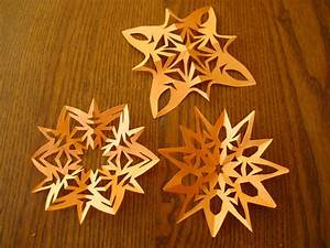 Comment Faire Une étoile En Papier : etoile de noel en papier toilette toile de nol comment ~ Nature-et-papiers.com Idées de Décoration