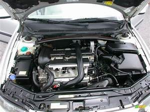 2002 Volvo V70 2 4t Wagon Engine Photos