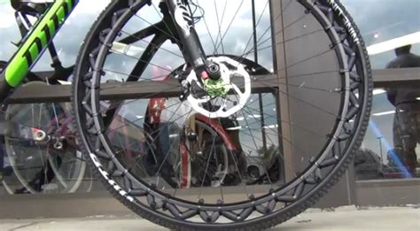 pneu sans chambre à air pneu vtt 3 déco design
