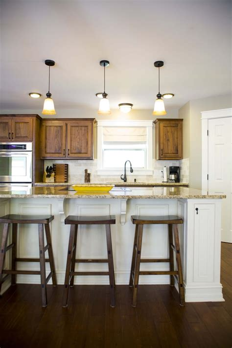 kitchen island with seating for 3 1000 images about kitchen islands on pinterest traditional columns and cookbook storage