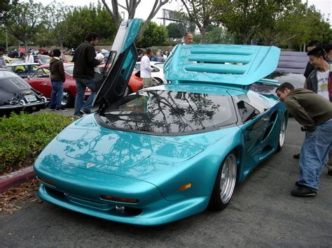 Blueiskewl: The Vector Supercar, 1990s