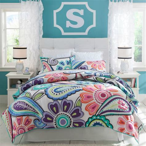 Patchwork Quilt Curtains by 24 Teenage Women Bedding Concepts Interior Design