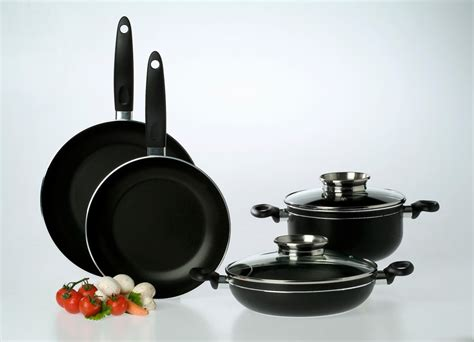 nonstick cookware sets cooking mistakes avoid common using reviewed pans kitchen profile production