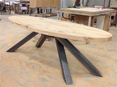 eiken tafel zwart maken ovale tafel eiken zwart staal te boveldt meubelmakerij