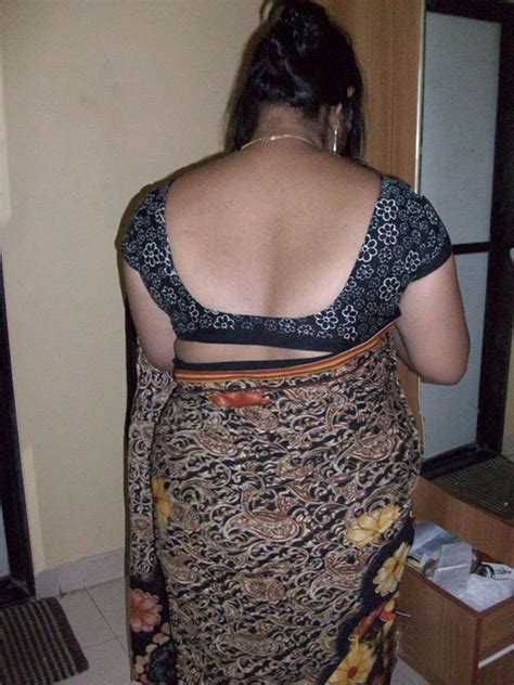 Aunty Saree Back Photo Album By Tamilpasanga9999