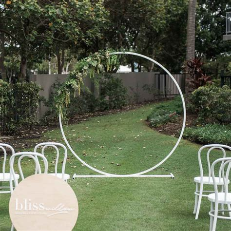 arbour bliss willow wedding styling