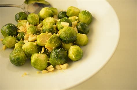 steam brussel sprouts steamed brussels sprouts with ginger and almonds