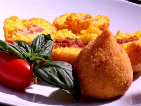 cuisine sicilienne arancini la cuisine sicilienne visitez la sicile découvrez la
