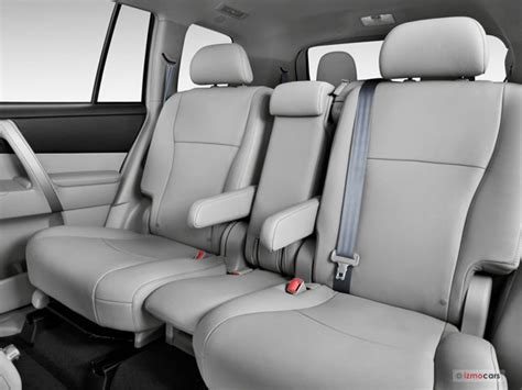 Toyota Highlander 2012 Captains Chairs by 2013 Toyota Highlander Prices Reviews And Pictures U S