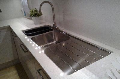 draining kitchen sink undermount kitchen sinks undermount sink with stainless 5344