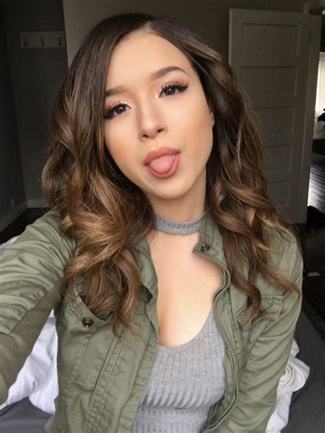 Pokimane ️ On Twitter Lcs Finals Day 1 😊💖 If You See Me