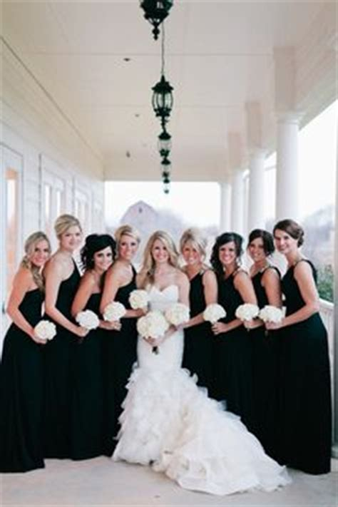 black white wedding theme ideas
