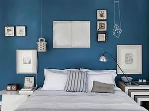 peinture bleu chambre adulte chaioscom With peinture bleu pour chambre