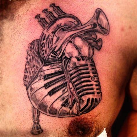 note show   man   tattoo  ill show   man   interesting