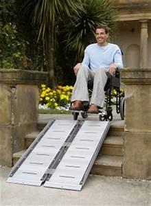 Rampe D Accès Pliable : rampe d acc s handicap fauteuil roulant et scooter erp ~ Nature-et-papiers.com Idées de Décoration