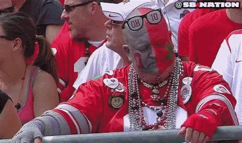 gif ohio state super fan reacts  braxton miller