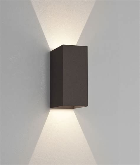 Led Up Down Exterior Ip65 Wall Light With Crisp White