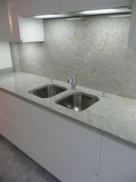 granite cuisine plan de travail de cuisine en granit revtement sol u0026