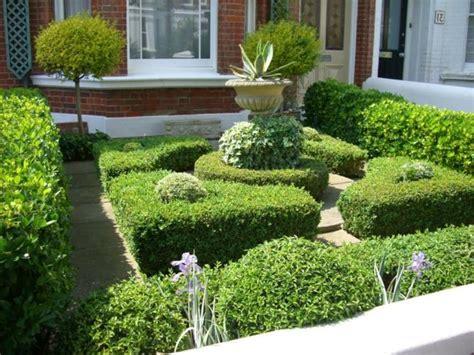 Ihr Grüner Garten Muss Natürlich Gut In Form Sein