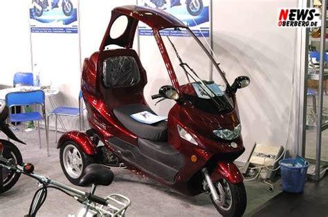 dreirad roller mit dach motorsport news on tour de koelnmesse cool