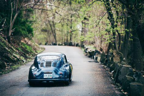 Download This Vintage Porsche Wallpaper • Gear Patrol
