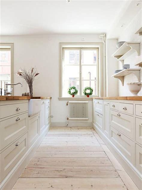 modern country style kitchens la cuisine blanche et bois en 102 photos inspirantes 7605
