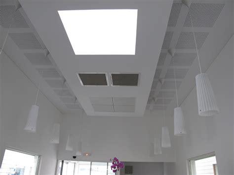 dalle faux plafond acoustique faux plafond de bureau r 233 alisation de faux plafond pose de faux plafond en dalles amso
