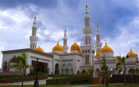 Golden Mosque Wallpaper by World Most Beautiful Mosque Wallpaper