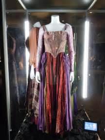 Sarah From Hocus Pocus Costumes