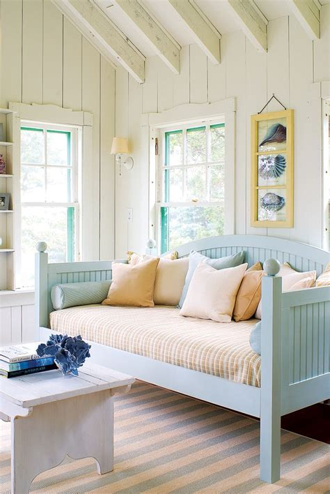 Daybed Design Plans  Woodworking Projects & Plans