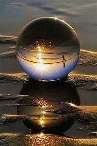 Water drop reflection | Bubbles/water drops | Pinterest