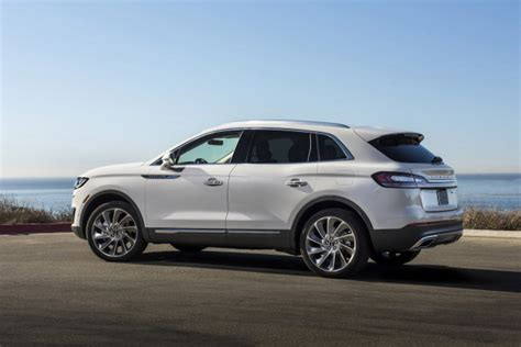2019 ford nautilus 2019 ford edge lincoln nautilus miss out on top safety